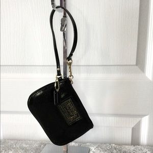 Coach Poppy patent leather Wristlet